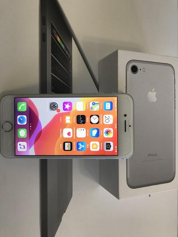 Смартфон Apple iPhone 7 32gb Silver Neverlock