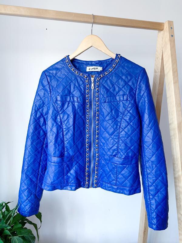 Синяя куртка под кожу