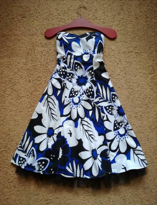 Платье бюстье открытые плечи размер м bay