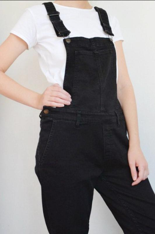 Чёрный джинсовый комбинезон h&m