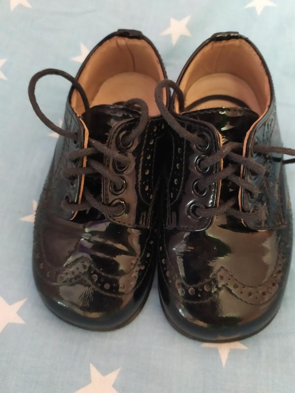 Лаковые туфельки для маленького модника 1-1,5 года