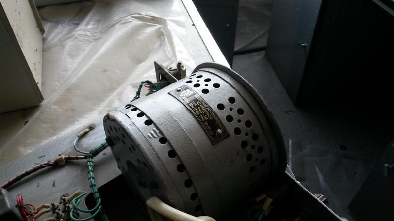 Прибор регулирования напряжения Латр 1М 8А