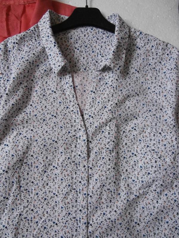 Легкая рубашка в цветочек - Фото 2