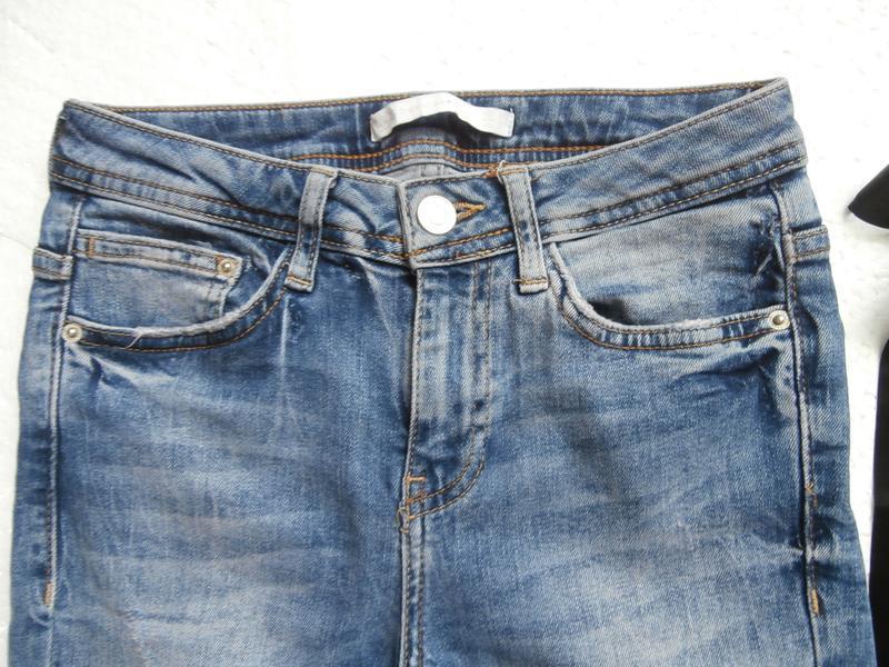 Изумительные джинсы zara с вышивкой - Фото 2