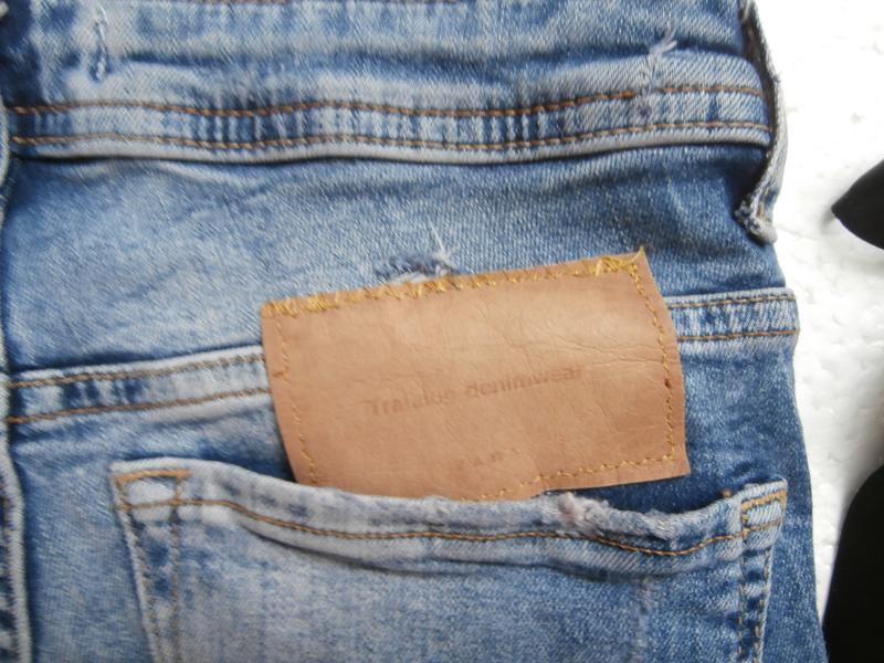 Изумительные джинсы zara с вышивкой - Фото 9