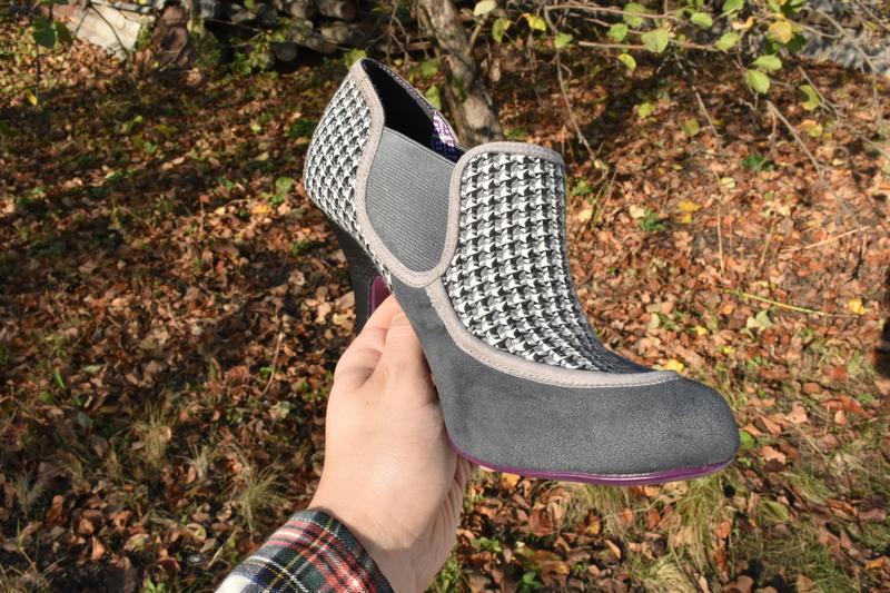 Женские туфли челси на каблуке замшевые в ромб на осень размер...