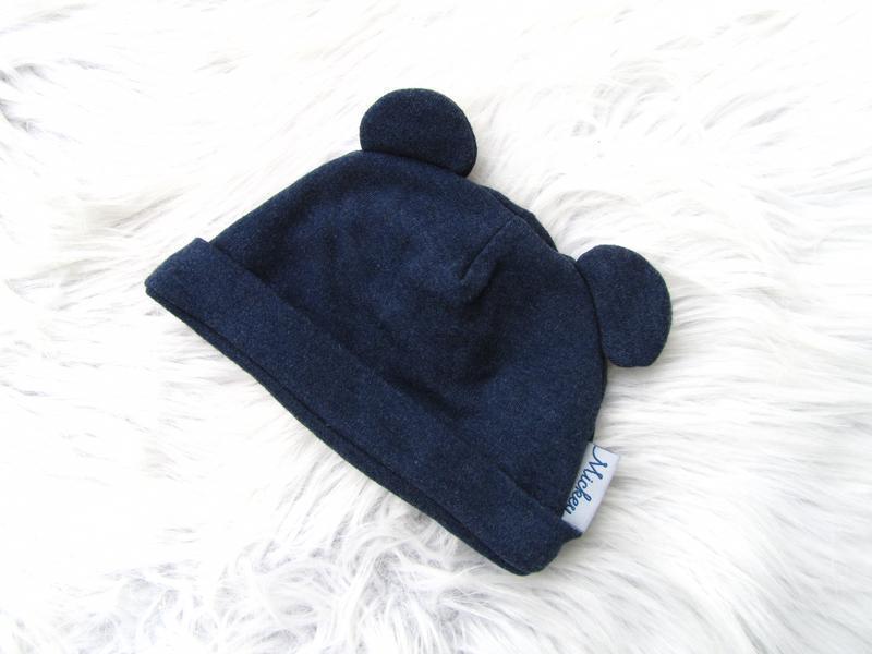 Стильная шапка disney mickey