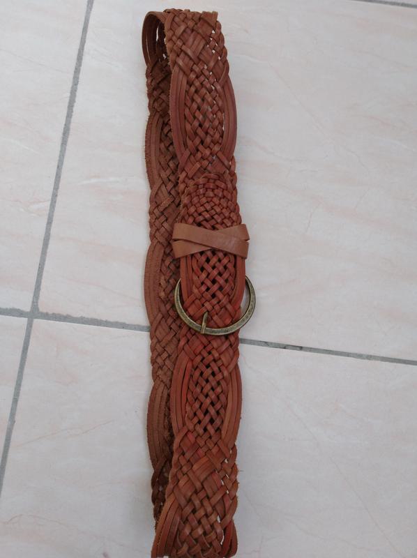 Плетёный ремень из натуральной кожи.