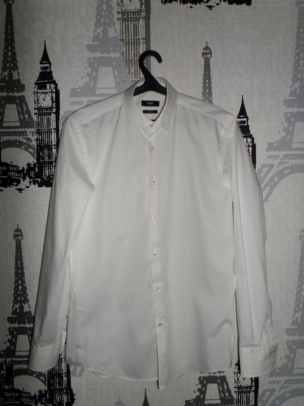 Белая рубашка hugo boss разм.м