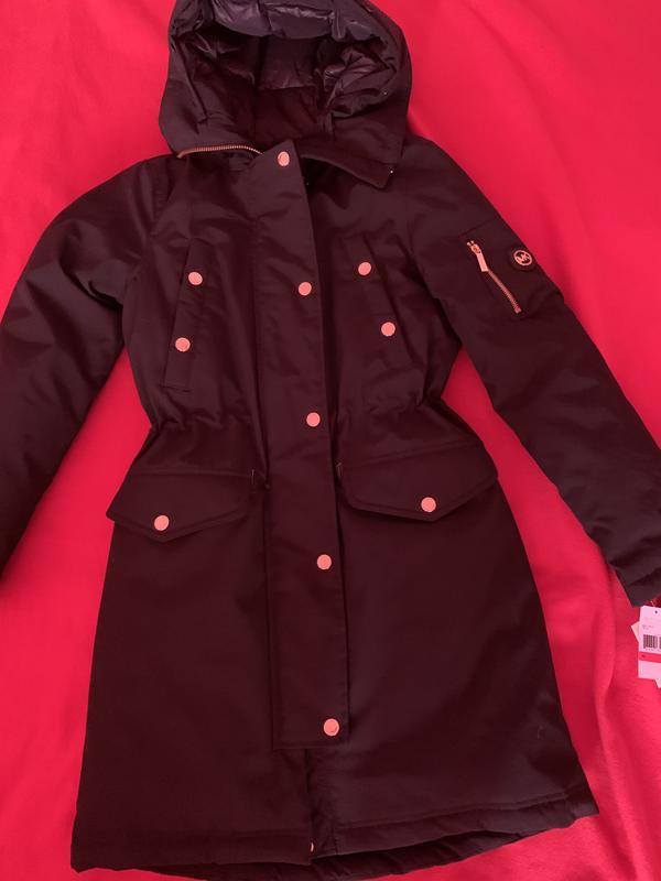 Пуховик черного цвета бренда michael kors оригинал из сша