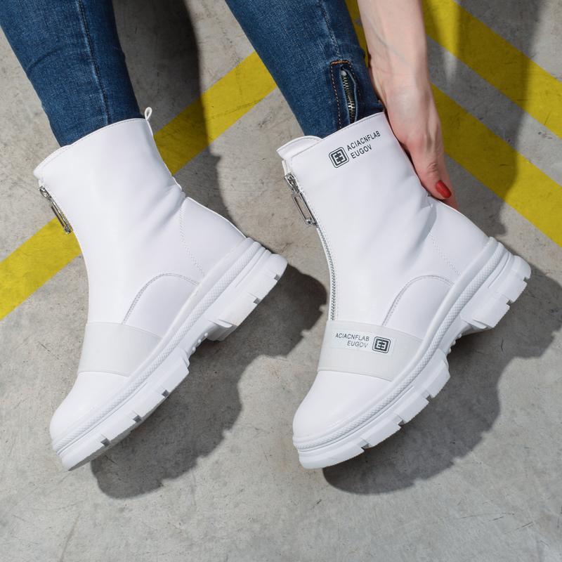 Шикарные белые ботинки ботики - Фото 2