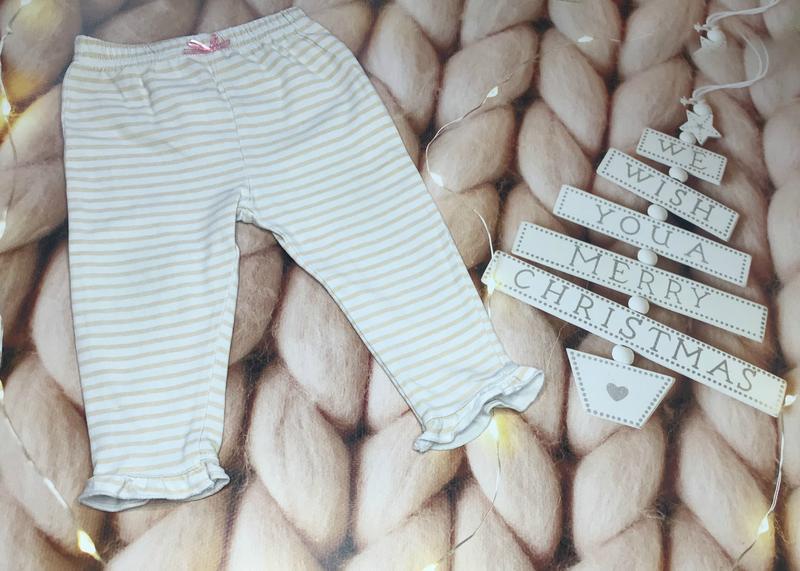 Нежные штанишки на малышку