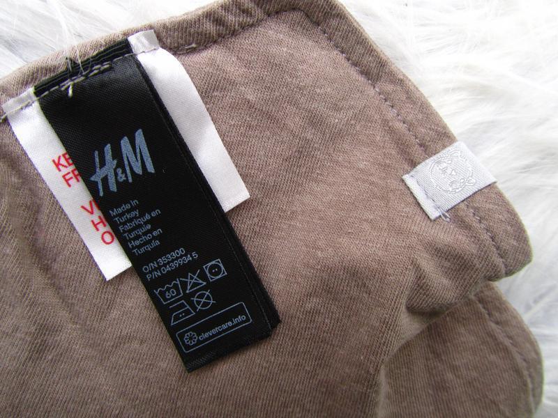 Слюнявчик шарф  на кнопке h&m. - Фото 3