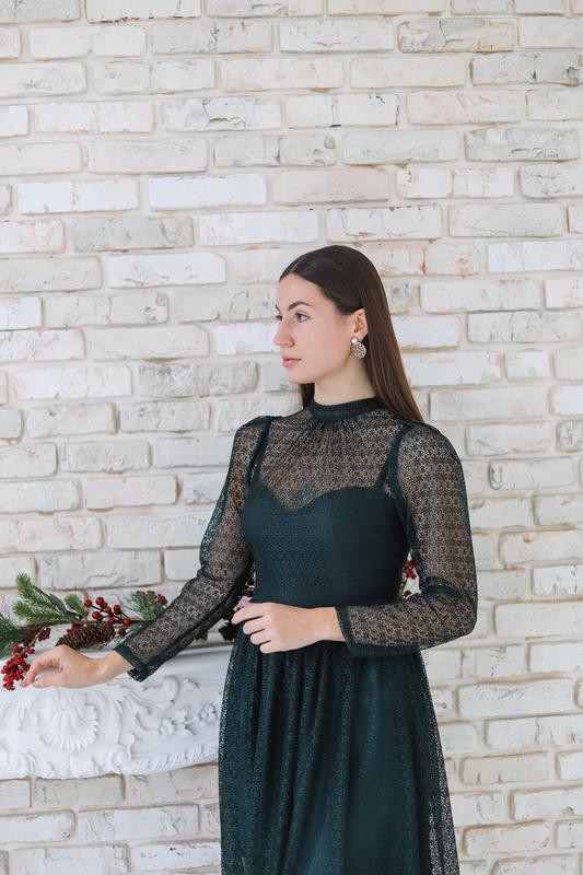 Оригинальное вечернее платье-миди - Фото 4