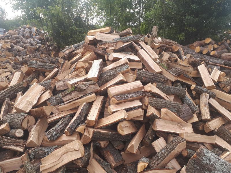 Продам  дрова ДУБ СОСНА метровка чурка рубаные - Фото 2