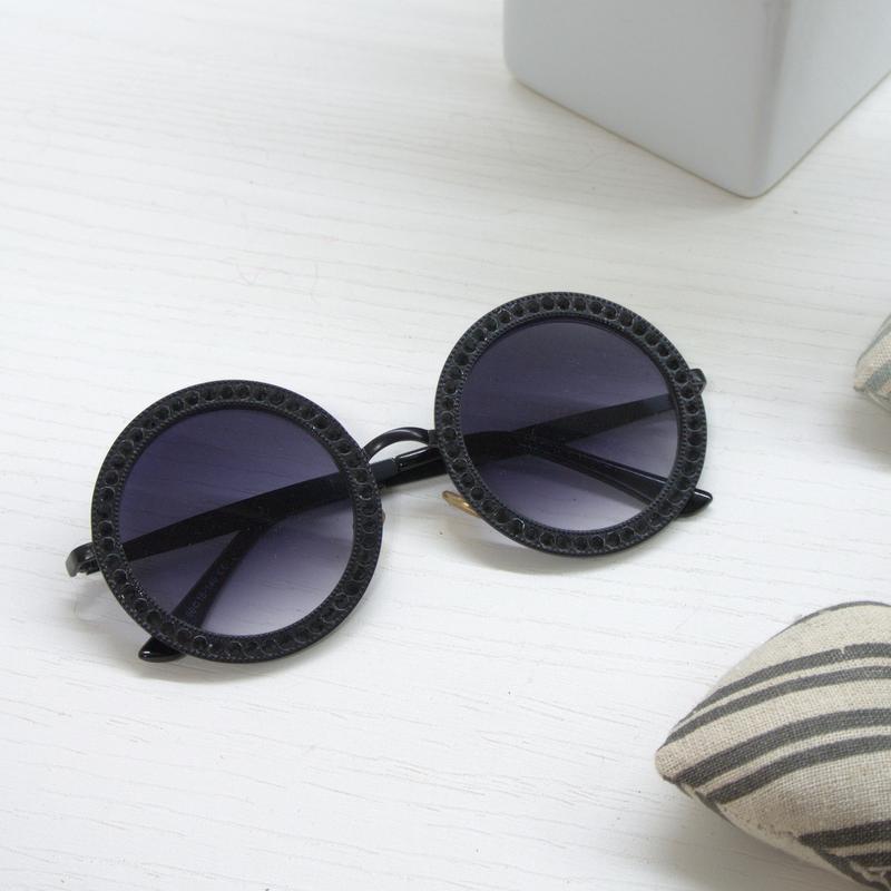 Крутые большие солнцезащитные очки