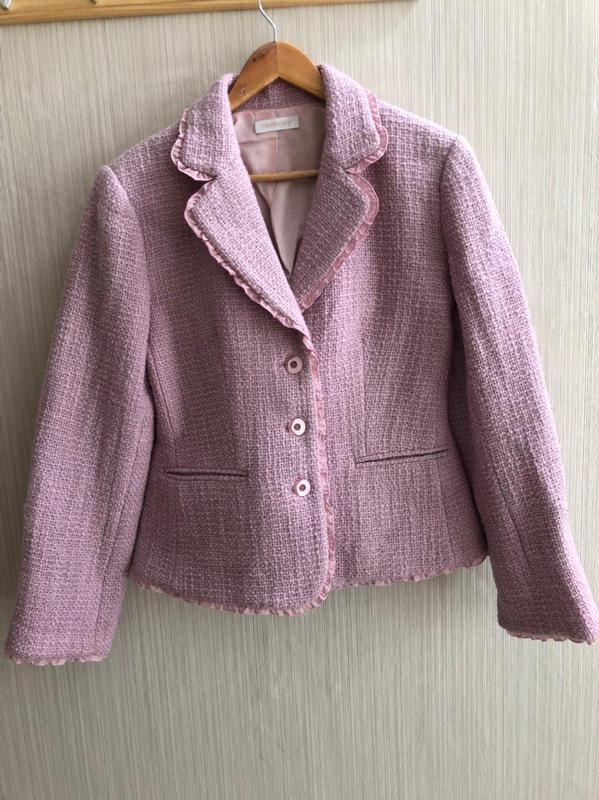Очень нежный и теплый розовый пиджачек raxevsky, в идеальном с...