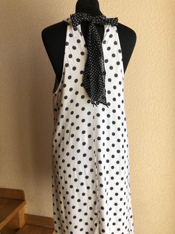 Белое в горошек по колено миди натуральное платье vero moda - Фото 2