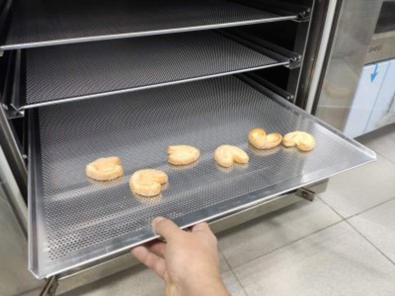 Пекарский противень перфорированный 60*40, 80*60 и др. - Фото 2
