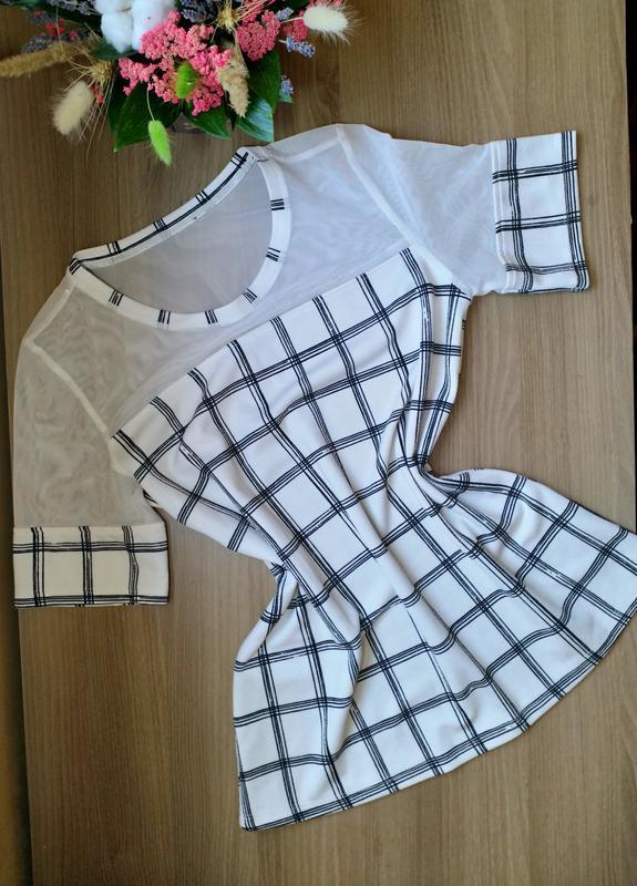 Красивая блузка прямого кроя