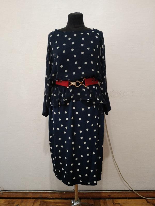 Стильное платье в горошек большого размера
