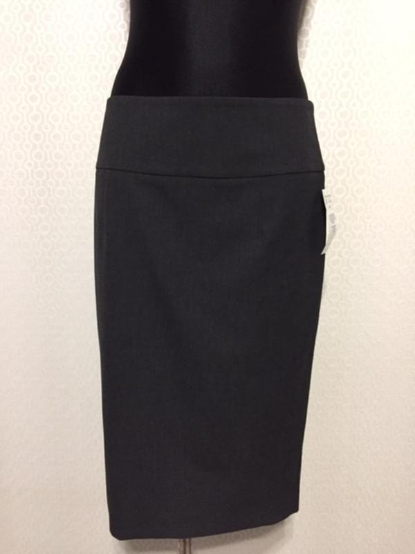Новая (с этикеткой) классическая юбка-каранлаш от zara, размер...