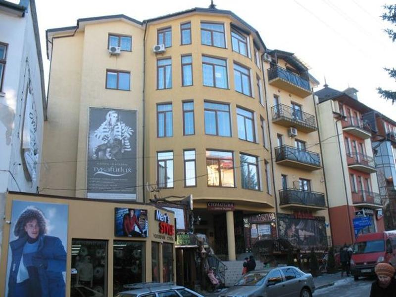 Продажа Трускавец Центр ул. Суховоля. 1-к квартира, 33 м возле...