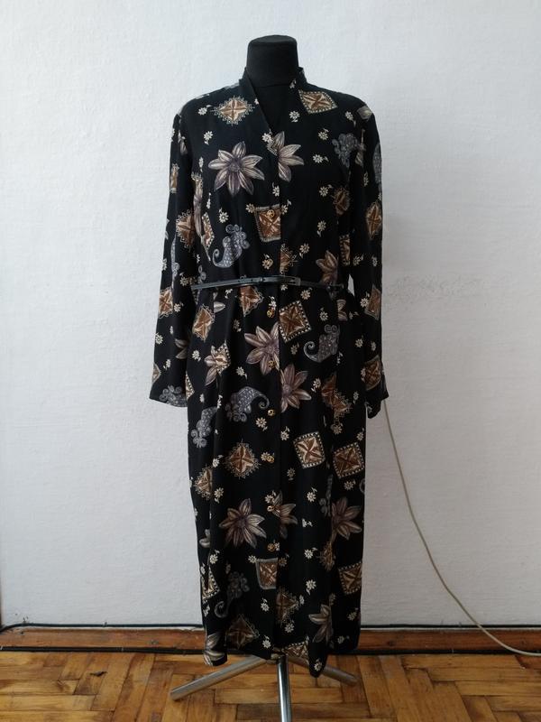 Стильное винтажное платье большого размера