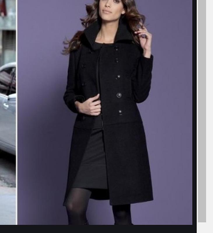 Брендовое черное демисезонное пальто с карманами wardrobe esse...