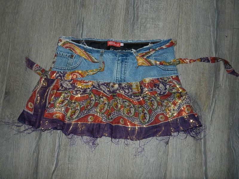 Яркая джинсовая юбка новая