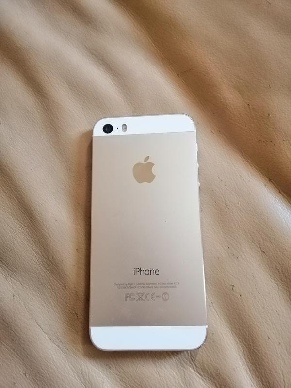 Продам IPhone 5, 16 G, б/у, из Америки