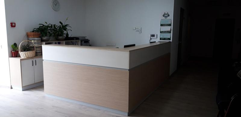 Рецепция, офисная мебель