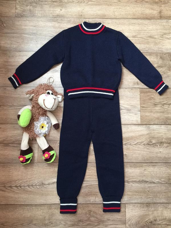 Теплый трикотажный  детский костюм для модных деток на 2-3 год...