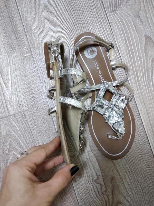 Кожаные сандалии сандали босоножки на низком ходу вьетнамки