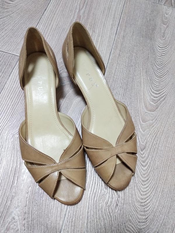 Кожаные туфли босоножки сандалии