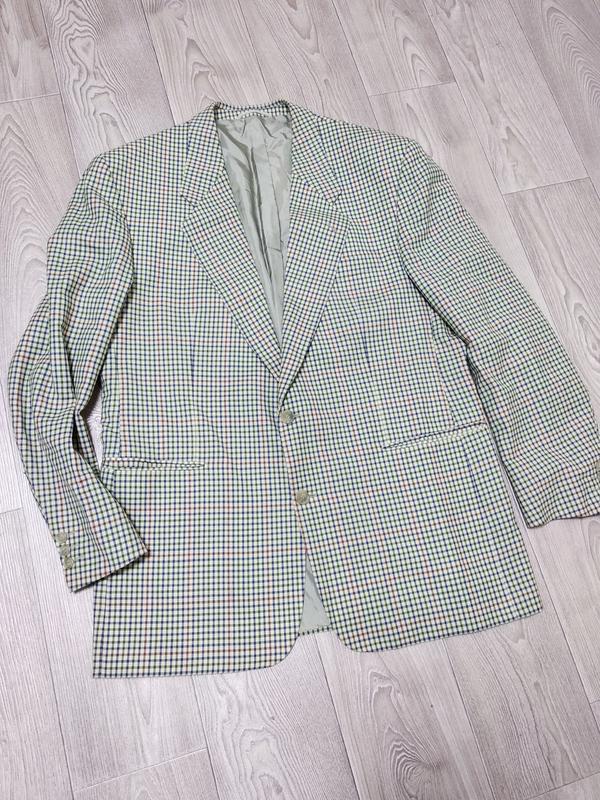 Мужской пиджак в клетку клеточку модный