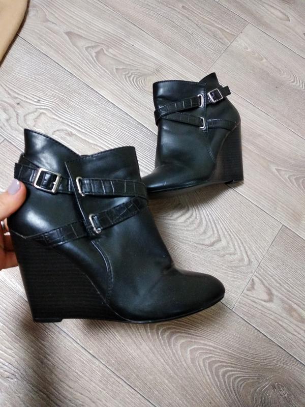 Сапоги ботинки ботильоны туфли осенние полусапожки короткие