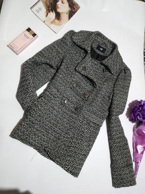 Стильное двубортное пальто на подкладке. h&m