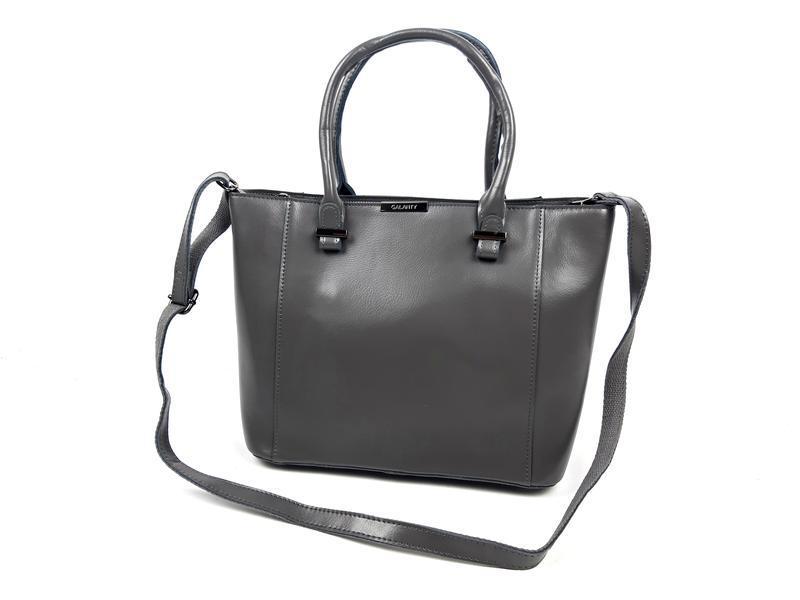 Женская вместительная кожаная сумка серая