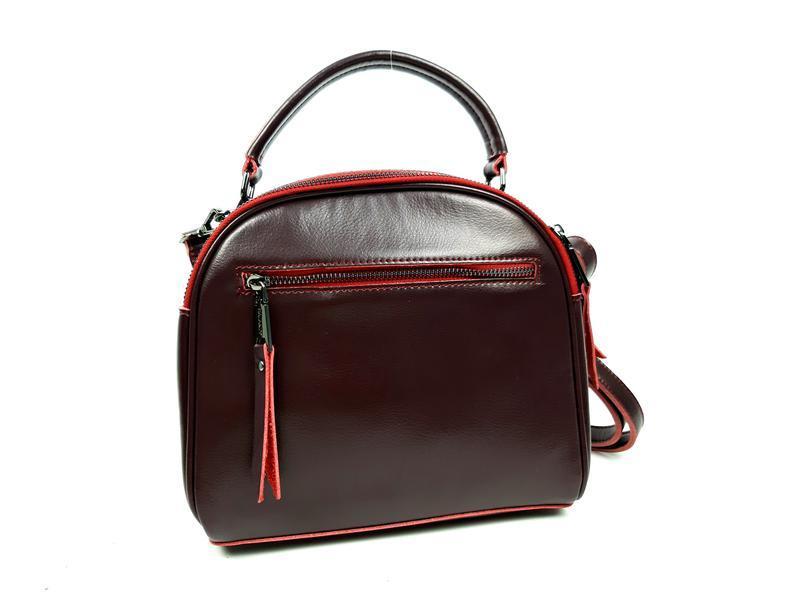 Женская кожаная сумка бочонок бордового цвета - Фото 4