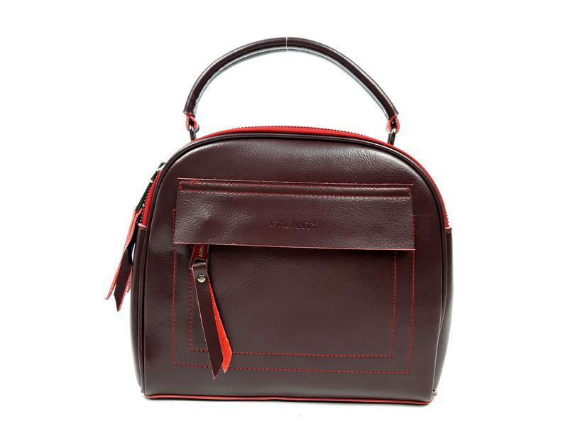 Женская кожаная сумка бочонок бордового цвета - Фото 8