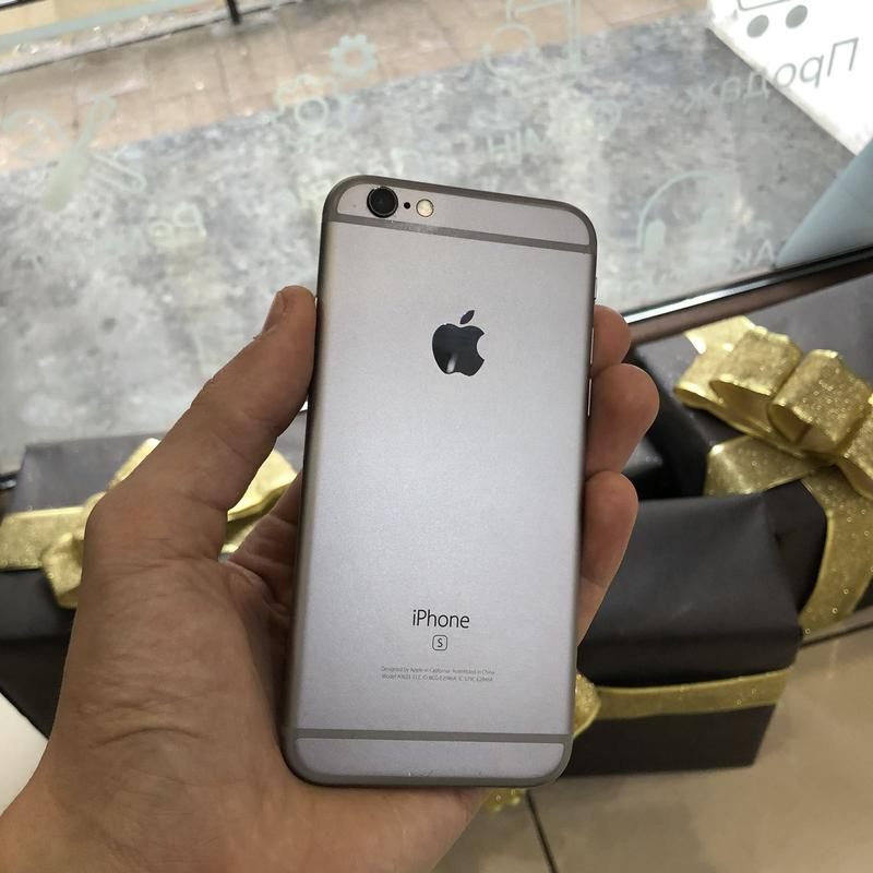 Б/У Apple iPhone 6s 32GB Space Gray
