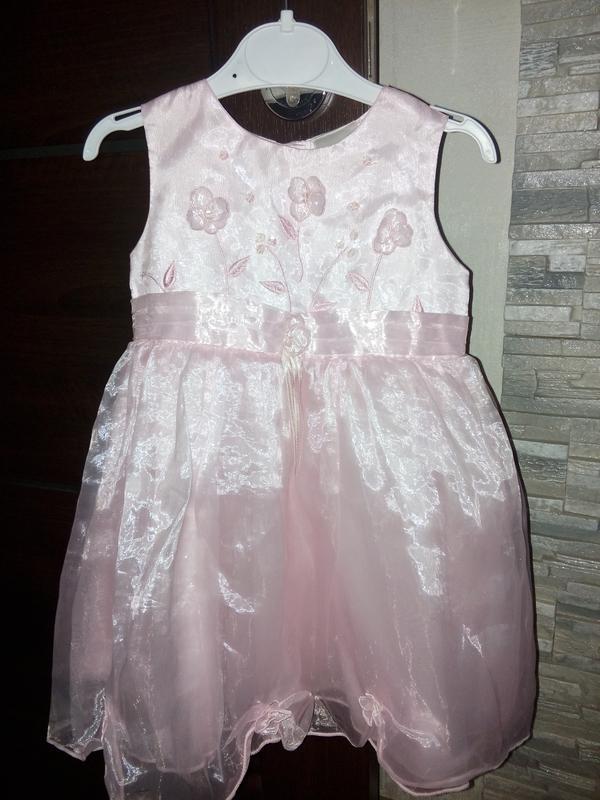Супер нарядное платье на (12-18м)