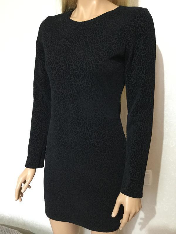 Платье по фигуре с бархатным напылением boohoo размер 12