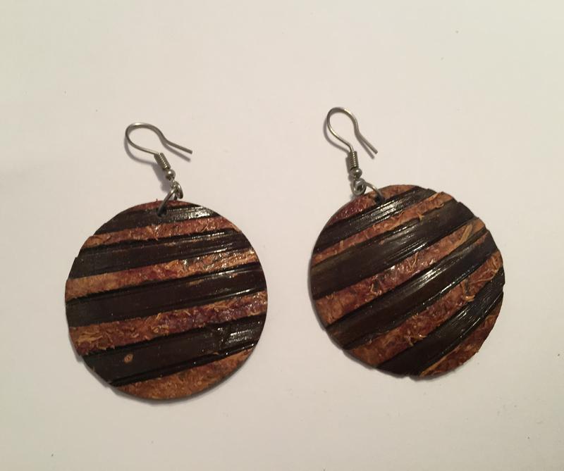 Серьги, сережки, коричневые серьги, деревянные серьги.
