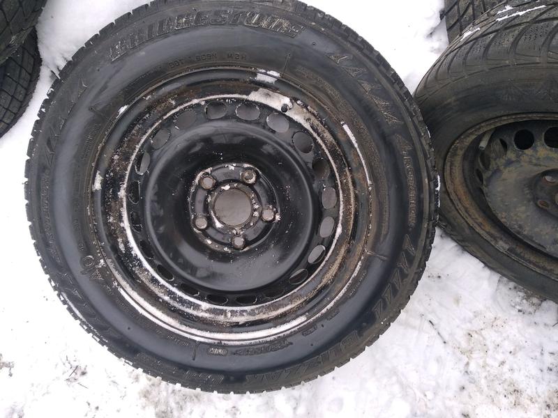 195/65 15 шини з дисками на vw caddy, Passat