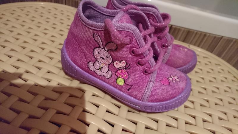 Красивые детские ботинки (не утепленые)