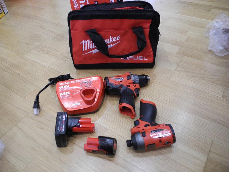Milwaukee M12 Fuel 2598-22 бесщеточный набор инструмента - Фото 2