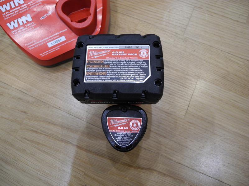 Milwaukee M12 Fuel 2598-22 бесщеточный набор инструмента - Фото 3