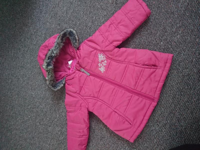 Курточка на девочку фирмы  joy
